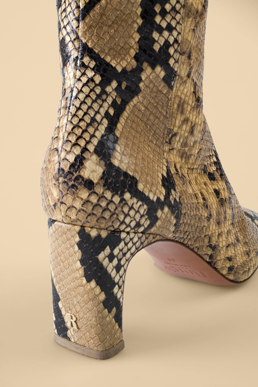 ELSA boots